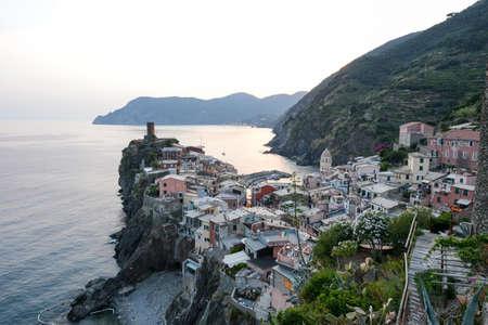 vernazza: Scenic night view of village Vernazza and ocean coast in Cinque Terre, Italy