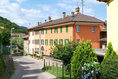 collina: Houses at the old village of Arasio on the italian part of Switzerland Stock Photo