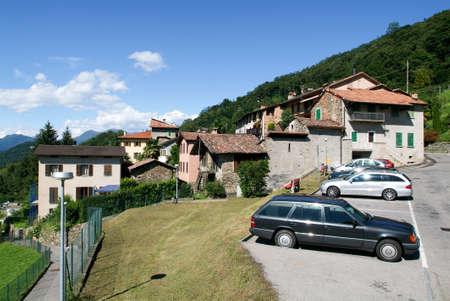 collina: Arasio, Switzerland - 5 April 2007: Houses at the old village of Arasio on the italian part of Switzerland