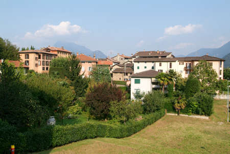 collina: Houses at the old village of Certenago on the italian part of Switzerland