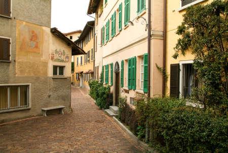 collina: Gentilino, Switzerland. Houses at the old village of Gentilino on the italian part of Switzerland