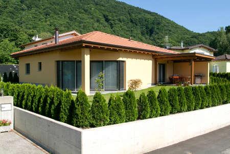 bosco: Bosco Luganese, 13 July 2007: house with garden