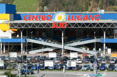 sud: Lugano, Switzerland - 7 april 2009: Centro  Lugano Sud shopping mall on the italian part of Switzerland