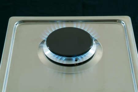 La quema de gas de una estufa de gas de cocina