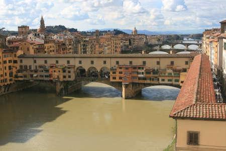 Ponte Vecchio à partir de la Galerie des Offices à Florence Banque d'images - 34227228