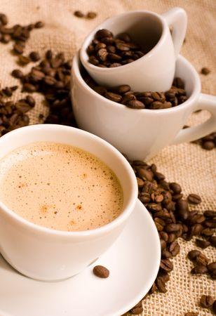 comida colombiana: el caf� y los frijoles -