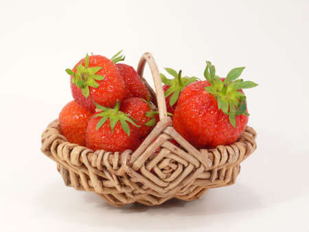 free plates: strawberrys