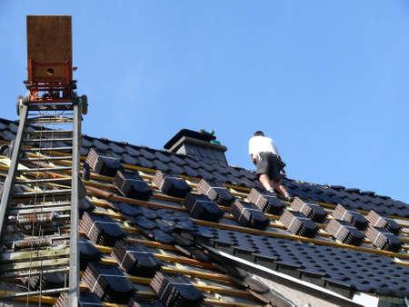 Dach-Renovierung  Standard-Bild - 5231440