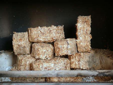 holzbriketts: Holz Brikett
