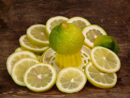 gelb: Zitronen