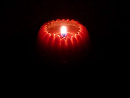 ambiente: candlelight in the night