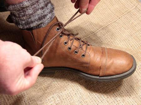 shoelace: Shoelace tie