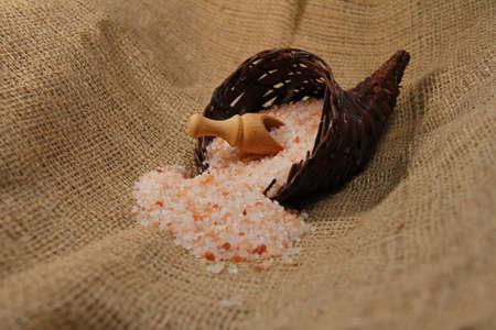 bushel: himalayan salt Stock Photo