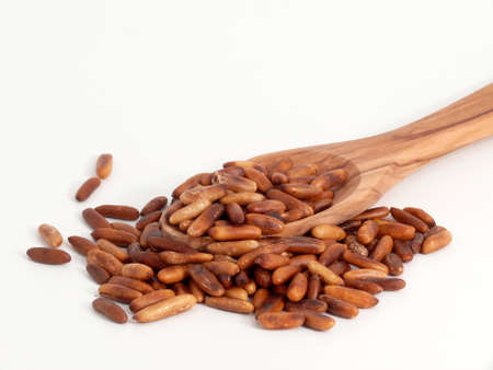 pignons de pin: Les noix de pin Banque d'images
