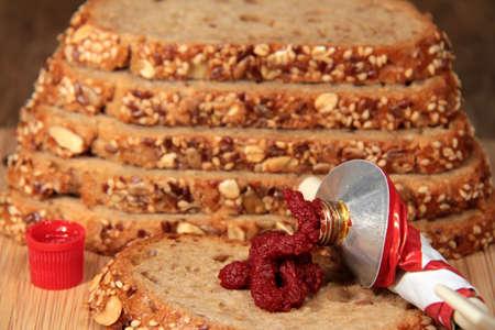 tomato paste: Tomato paste and fresh grain bread