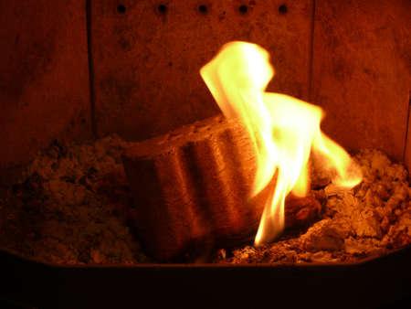 briquettes: wood briquettes