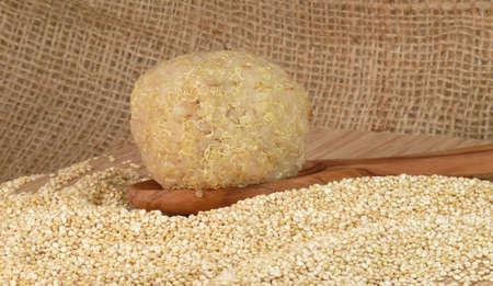 moulder: quinoa