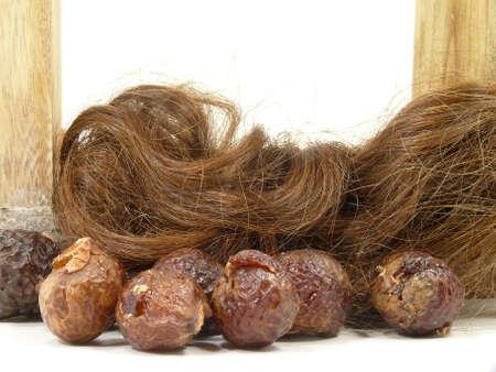 hairpiece: washnuts and hairs