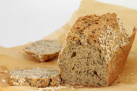loaf of bread isolated on white Standard-Bild
