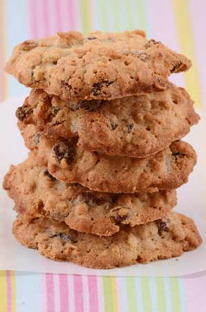 Fresh baked oatmeal and raisin cookies Banco de Imagens