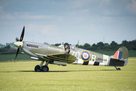 britan: Duxford,UK - 25 May 2014: Spitfire at Duxford D-Day Airshow