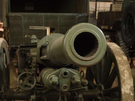 artillery shell: A WW1 vintage Field Gun barrel