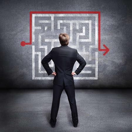 businessman watching a workaround of a problem 版權商用圖片