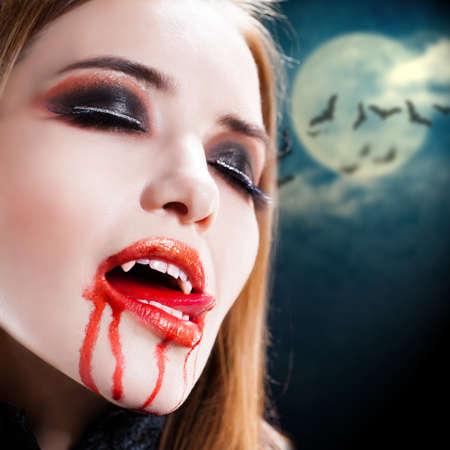 Vampire eye makeup 2