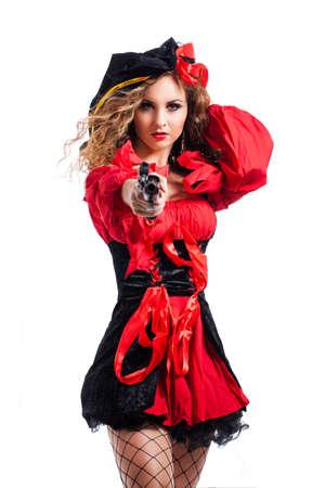 mujer pirata: atractiva mujer pirata con una pistola Foto de archivo