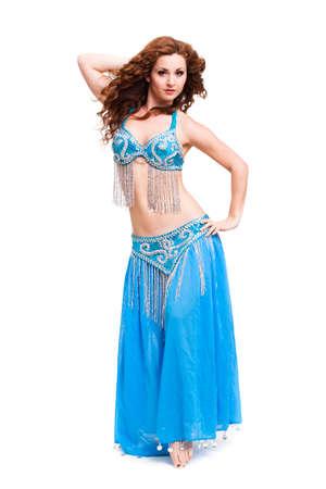 danseuse orientale: attrayant danse danseuse du ventre sur fond isolé