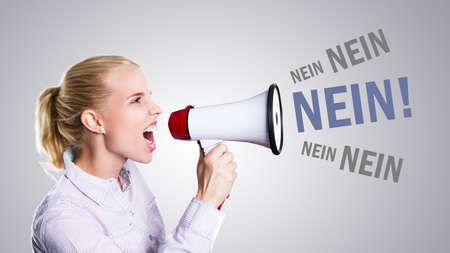 contradict: young woman shouting No! through a megaphone (in German)