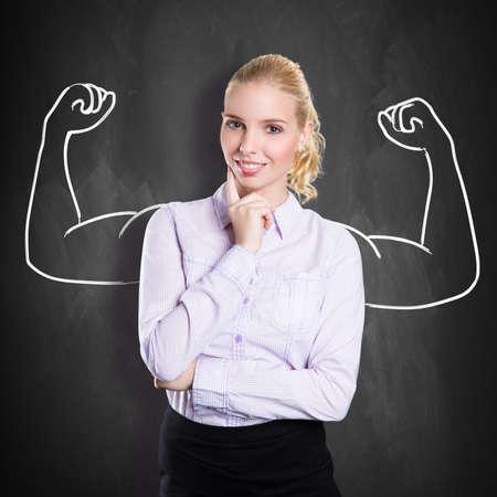 Geschäftsfrau mit Zeichnung als Symbol für Macht Lizenzfreie Bilder