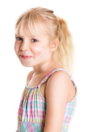 caras felices: linda chica joven que aplica la nata Foto de archivo
