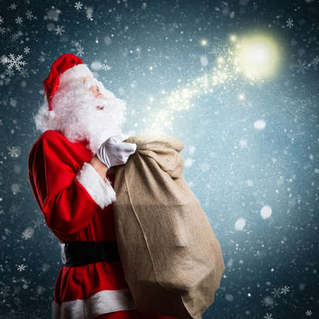 st  nick: Santa Claus with Christmas magic