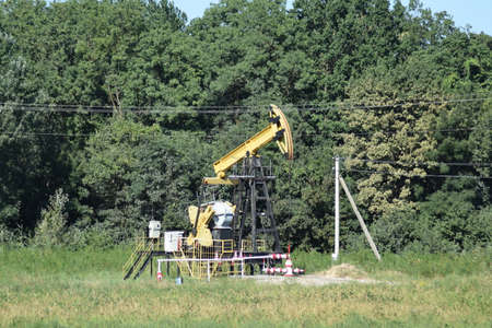 choke: The pumping unit as the oil pump installed on a well. Equipment of oil fields.