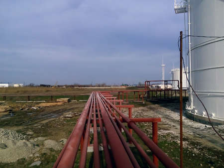rectification: Piping for pumping refined petroleum products. Pipes at the refinery.