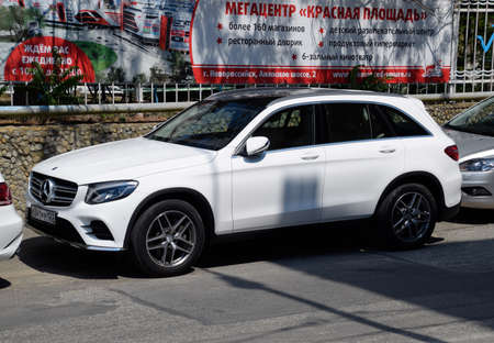 Novorossiysk, Russia - August 06, 2018: Parked on the side of the city road Mercedes car glc class 報道画像