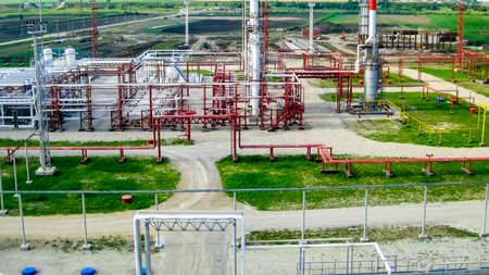 Oil refinery. Equipment for primary oil refining.