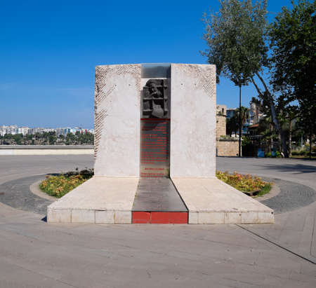 Antalya, Turkey - May 19, 2019: Political monument in Karaalioglu Park Antalya Redactioneel