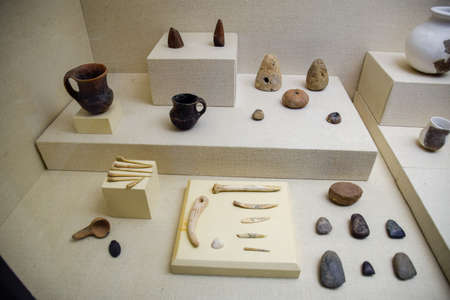 Antalya, Turkey - May 19, 2019: Exhibits of the museum of antiquities of Antalya, pottery and bones in the form of exhibits of the museum. Redactioneel