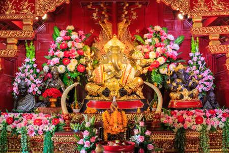 wallpaper copper gold golden: Brass Ganesha Statue,Pa Daet Temple in  Chiangmai Thailand