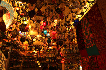 Decorative Lights Shop in Grand Bazaar Istanbul Turkey Imagens