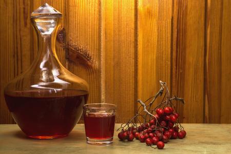 Rowan tincture of alcohol