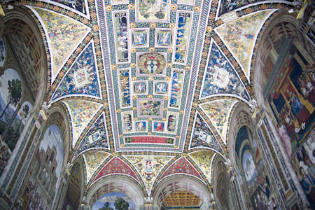 cathedral, catholic church Stock Photo - 11063434