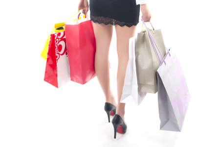 Junge Frau und ihr Einkaufs- Standard-Bild - 14006865