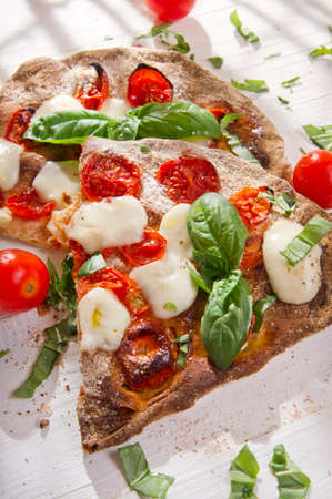 Margherita pizza with whole wheat flour for glucose