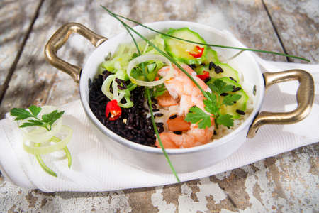 Submission of a second dish of white rice and black with shrimp and zucchini
