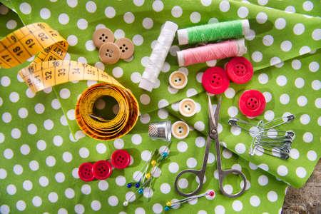 kit de costura: Datos b�sicos y esenciales para la profesi�n de sastre