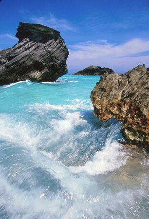 Remolino de agua turquesa en las Bermudas. Foto de archivo - 1738403