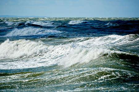 stormachtige blauwe zee Stockfoto